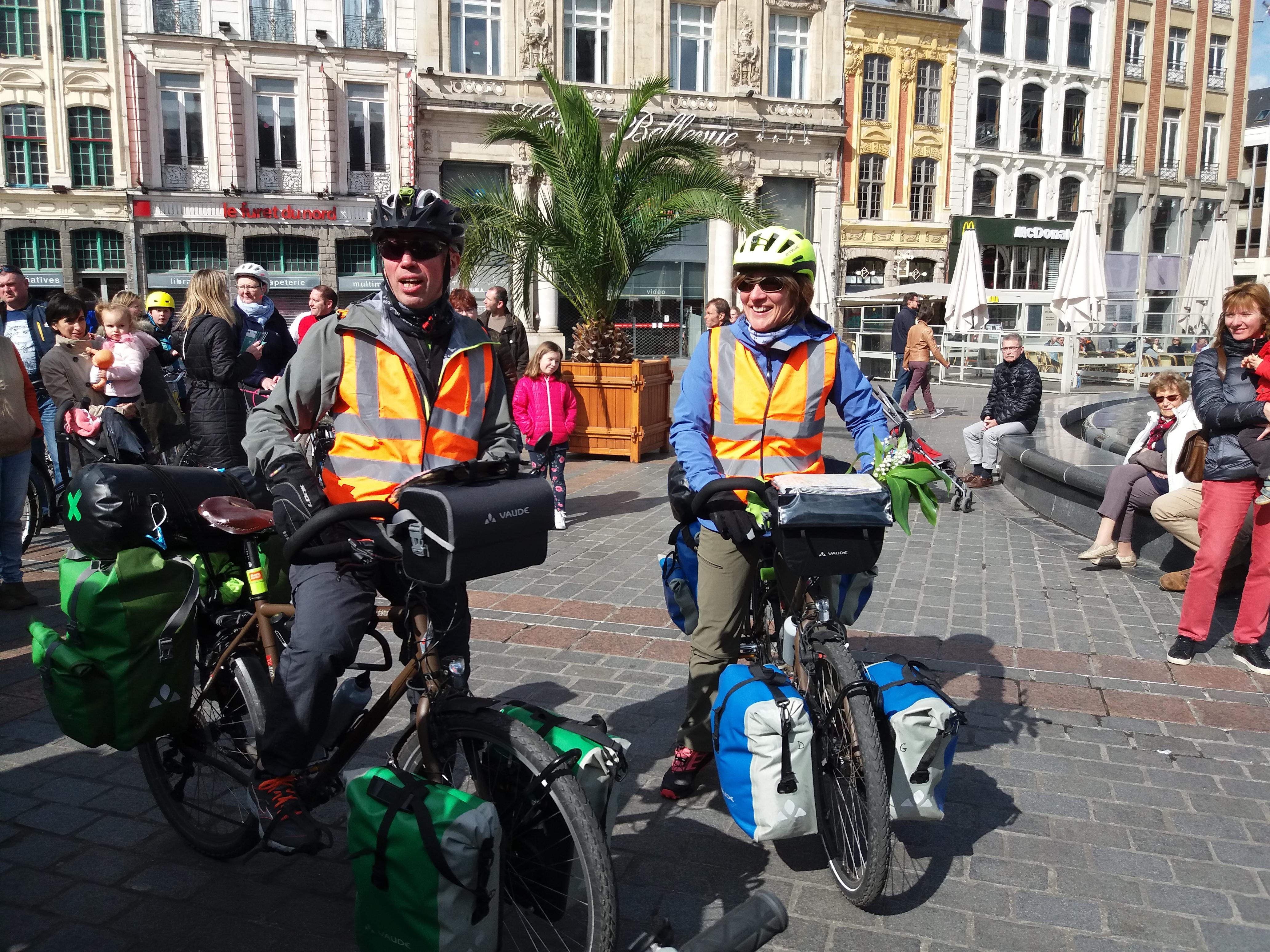 graphic bike tour départ tout du monde à vélo