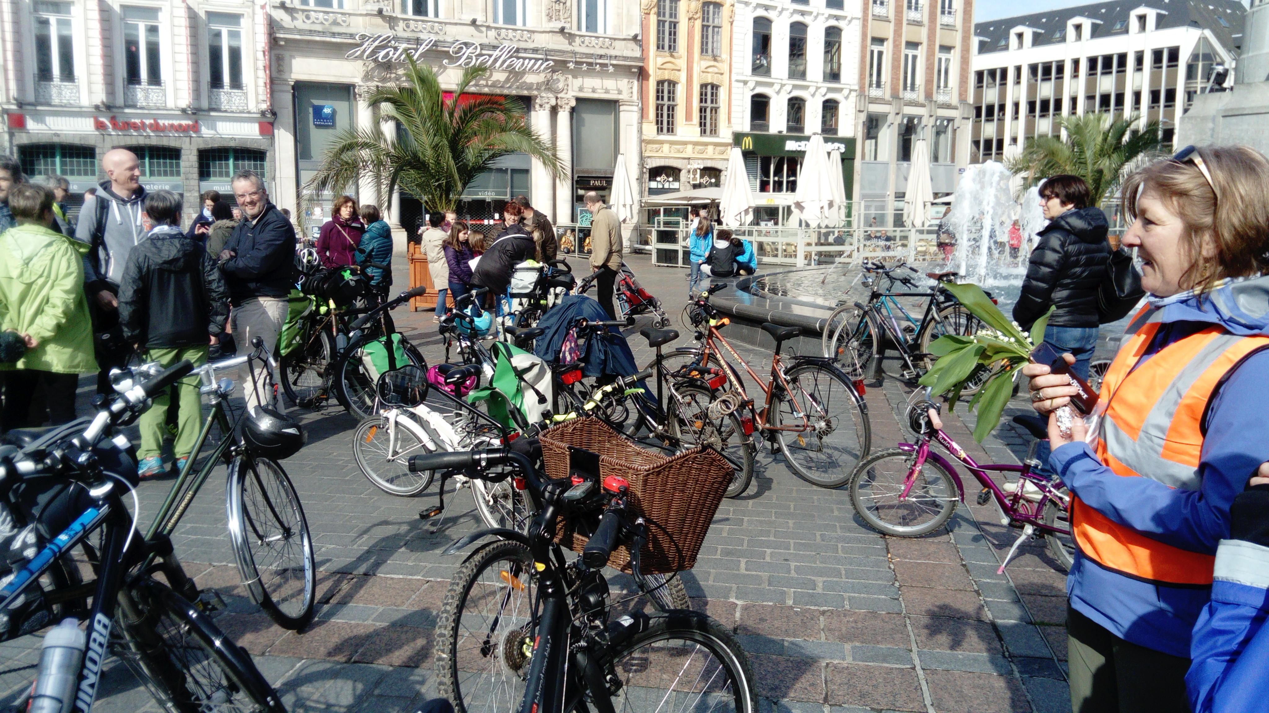 graphic bike tour départ Lille 1er mai